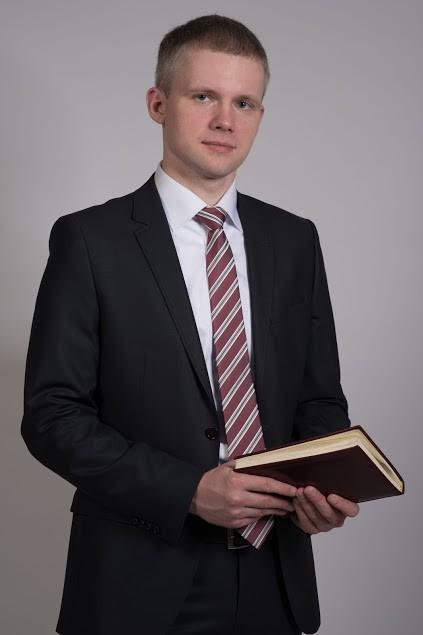 Степанов Виталий Витальевич – руководитель юридического направления деятельности компании Проспект-С