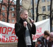 Степанов выступает на митинге в Перми